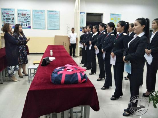 2017年青藏铁路公司西宁客运段校园专场招聘面试会